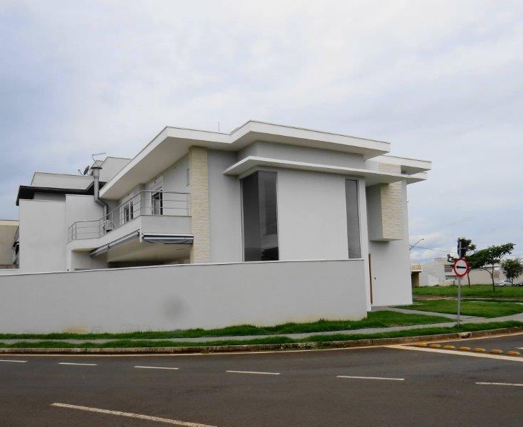 Construtora de casas em condomínio fechado